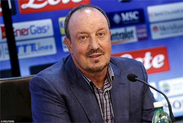 Rafael Bentiez được cho là đang trên đường tới Real Madrid.