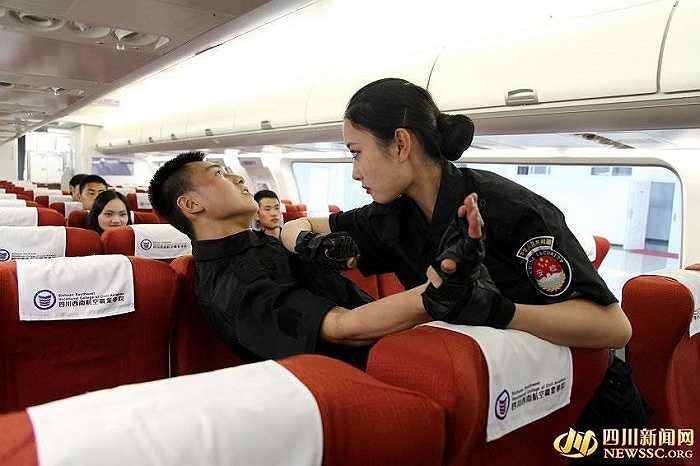 Bước sang năm học 2015, tại Trường đào tạo hàng không dân dụng Tây Nam Tứ Xuyên, Trung Quốc, một chuyên ngành mới được bổ sung vào lịch học dành cho sinh viên: môn học an ninh và an toàn hàng không dân dụng.