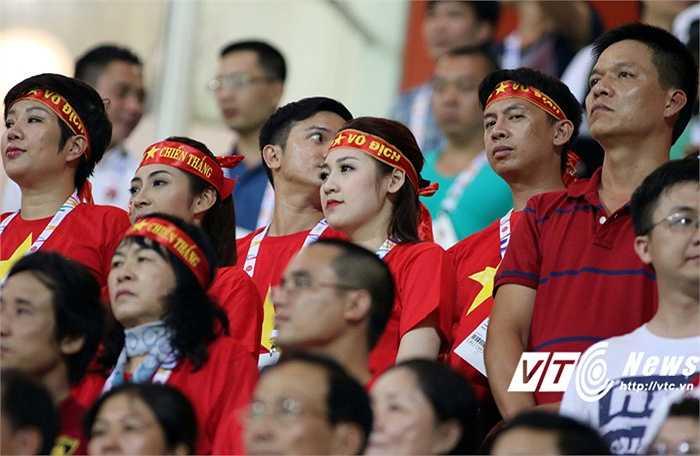 Lực lượng cổ động viên Việt Nam đông đảo tại SEA Games. (Ảnh: VSI)