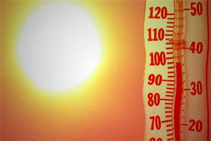 Yên da của xe máy khi để ngoài trời nắng (khoảng 40 độ C) có thể tích tụ nhiệt lên đến 80 độ C. Nhiều cánh mày râu không coi trọng việc này. Tuy nhiên, thói xấu này có thể ảnh hưởng đến việc sản sinh tinh trùng của tinh hoàn.