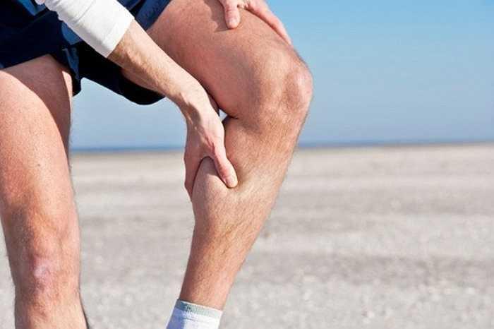 Thói quen lựa chọn quần chip, quần ngoài bó sát của một số quý ông trong mùa hè khiến 'cậu nhỏ' dễ bị tổn thương, ảnh hưởng đến quá trình tuần hoàn máu lên vùng kín cũng như quá trình tiểu tiện.