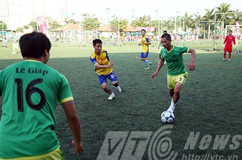 bóng đá, báo chí, miền trung, JFC, Đà Nẵng, giải đấu, người làm báo, Huế, NGhệ An, Bình Định