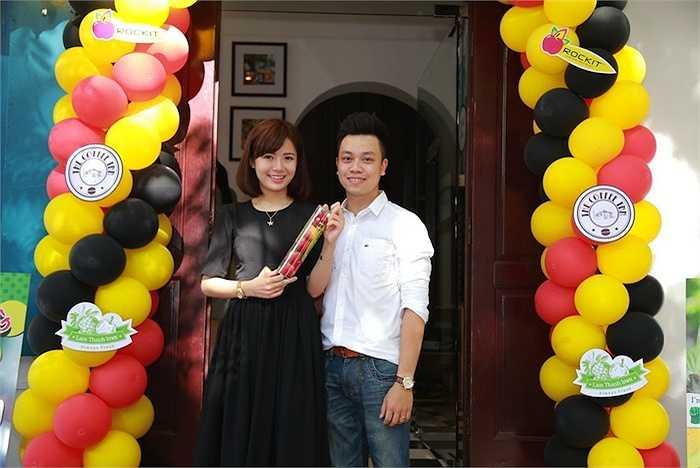 Tú Linh gây ấn tượng với cộng đồng fan M.U nhờ vẻ xinh đẹp, đáng yêu.