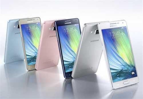 Samsung Galaxy A3 (giảm 900.000 đồng)    Galaxy A3, smartphone tầm trung vỏ kim loại của Samsung có thiết kế giống A5 nhưng màn hình nhỏ hơn, từ 5,9 triệu đồng xuống còn 5 triệu đồng.
