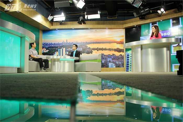 Các khách mời được trợ lý sản xuất liên hệ từ sớm và được chuẩn bị trước về nội dung thảo luận trong phần 'Kết nối' của chương trình.