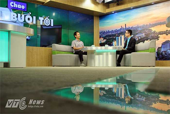 Chương trình 'Chào buổi tối' là một sản phẩm mới được lên sóng của kênh VTC14 nhưng đã đón nhận được rất nhiều sự quan tâm từ khán giả truyền hình.