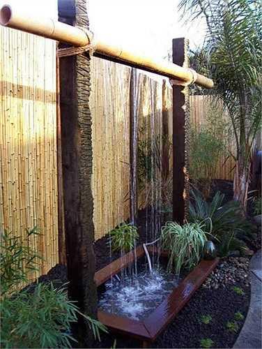 Một góc vườn mát mẻ, cứu cánh nhà nóng bức ngày hè.