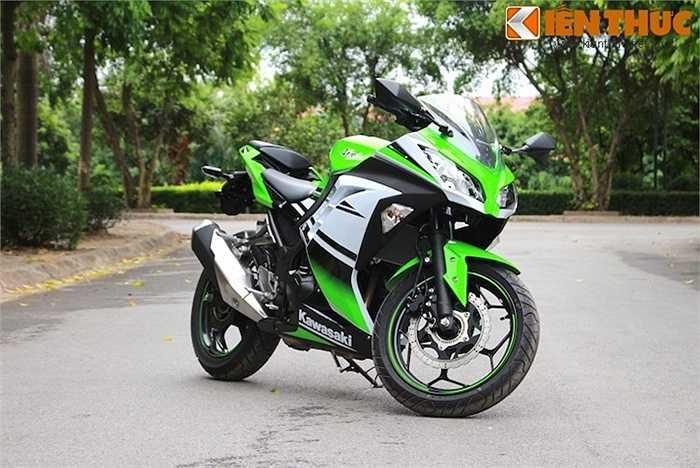 Có thể nói 'không ngoa' rằng trong phân khúc sportbike 250-300 cc,  Kawasaki Ninja 300 là một trong những chiếc xe đẹp nhất.