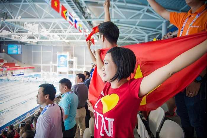 Phương Thanh chia sẻ cô tự hào vì sự cố gắng của các vận động viên, để mang vinh quang về cho nước nhà.