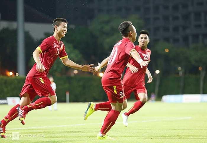 Tuy nhiên bàn thắng sớm của Phi Sơn ngay phút thứ 10 đã giúp U23 Việt Nam dễ thở hơn rất nhiều