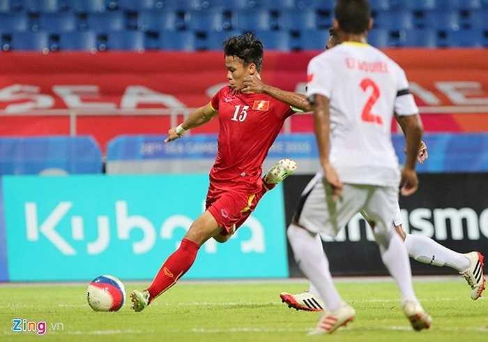 Thủ quân U23 Việt Nam chuyền như đặt để Mạc Hồng Quân nâng tỷ số lên 2-0 đầu hiệp 2