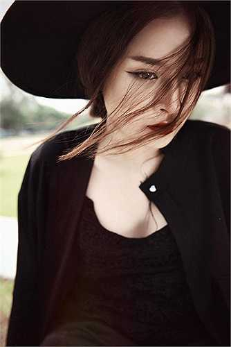 Chi Pu cũng được coi là ngọc nữ thế hệ mới của màn ảnh Việt