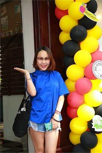 Thiện Thanh sinh năm 1996, là con gái thứ hai của Thanh Lam.