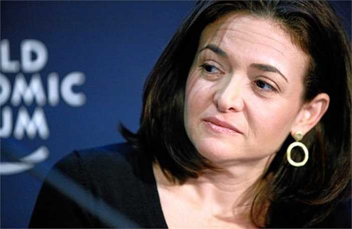 Ở tuổi 45, bà đã trở thành một trong những tỷ phú giàu nhất thế giới và được mệnh danh là 'người đàn bà quyền lực nhất thung lũng Silicon' .