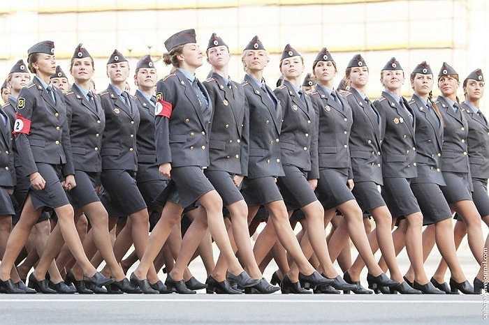 Nga: Quân đội Nga có khoảng 115,000 đến 160,000 binh lính thì số lượng nữ quân nhân chiếm đến 10 %