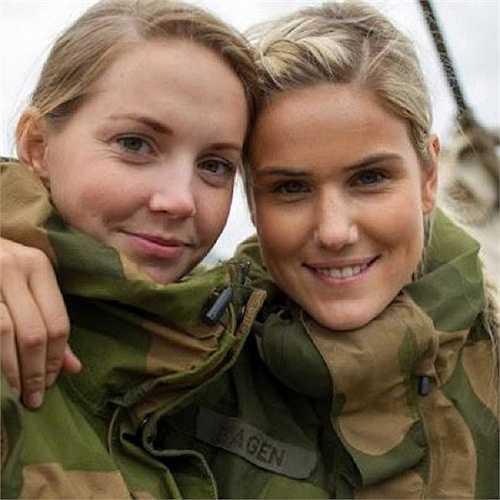 Phụ nữ Na Uy được phục vụ trong tất cả các đơn vị quân đội từ năm 1938