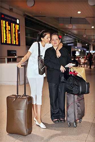 Trương Thị May giản dị khi sang Mỹ tham dự show thời trang của NTK Đỗ Mạnh Cường.