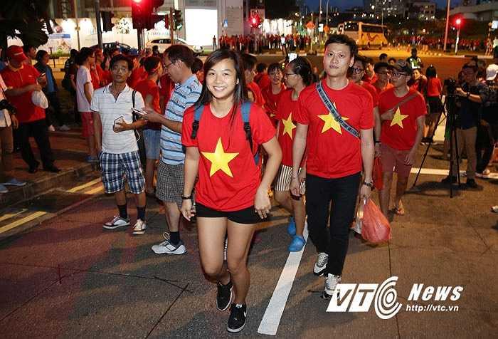 CĐV Việt Nam hi vọng U23 Việt Nam sẽ thắng Thái Lan dù đây chỉ là trận đấu mang tính thủ tục
