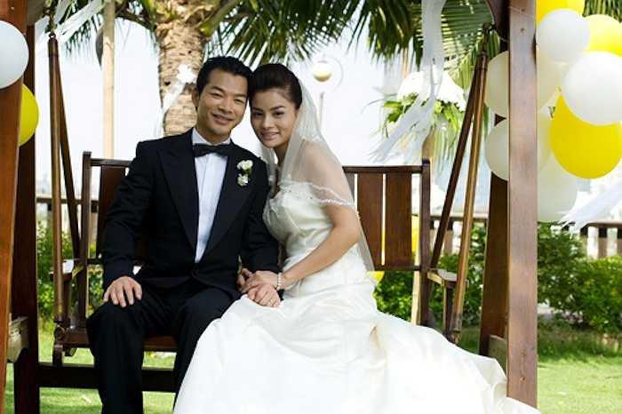 Trước đó, Trần Bảo Sơn từng dính tin đồn tình cảm với Vũ Thu Phương khi cả hai đóng chung bộ phim 'Giao lộ định mệnh'.