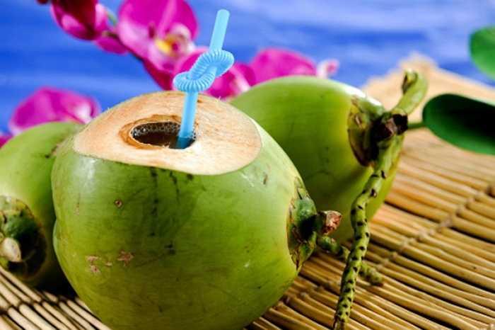 Không ai phủ nhận lợi ích của nước dừa. Tuy nhiên, nó chỉ thực sự tốt cho những người tiêu dùng thông minh.