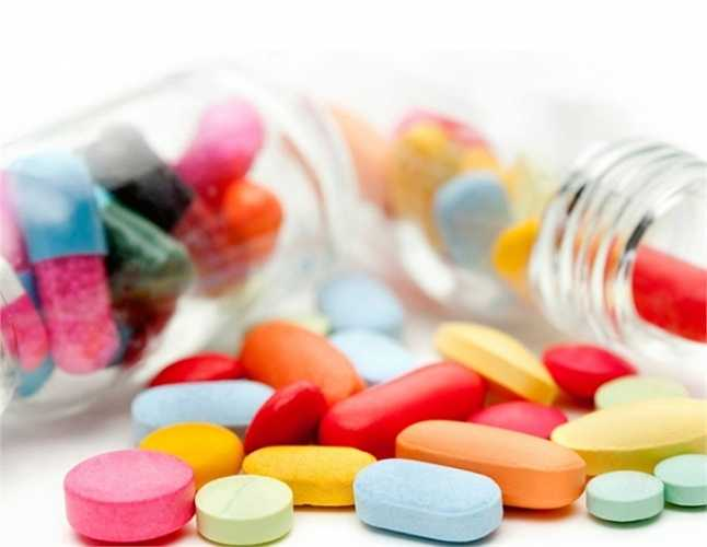 Khi thuốc kháng sinh tiêu diệt hết các vi khuẩn tốt trong ruột của bạn thì nó lại tạo điều kiện cho Clostridium difficile phát triển đông đúc hơn. Clostridium difficile gây tiêu chảy, ảnh hưởng đường ruột và có thể làm chết người.