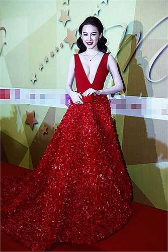 Angela Phương Trinh có phong cách thời trang thảm đỏ gây chú ý