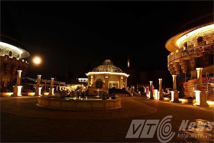 Một đất nước lãng mạn và lịch lãm trong lòng Đà Nẵng.