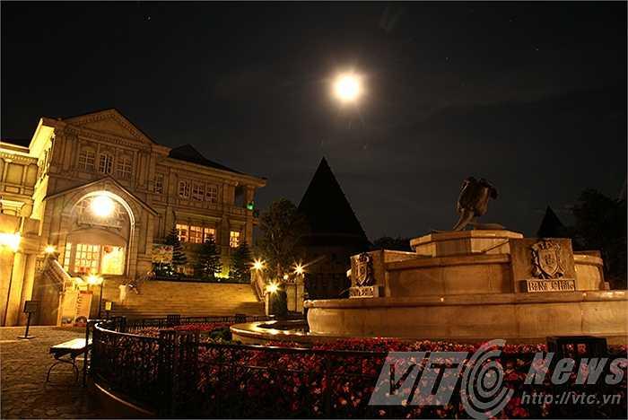 Đêm trăng trên đỉnh Bà Nà.