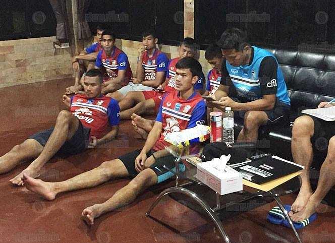 Kiatisak chỉ ra những sai sót chuyên môn trong trận U23 Thái Lan vs U23 Việt Nam cho các học trò