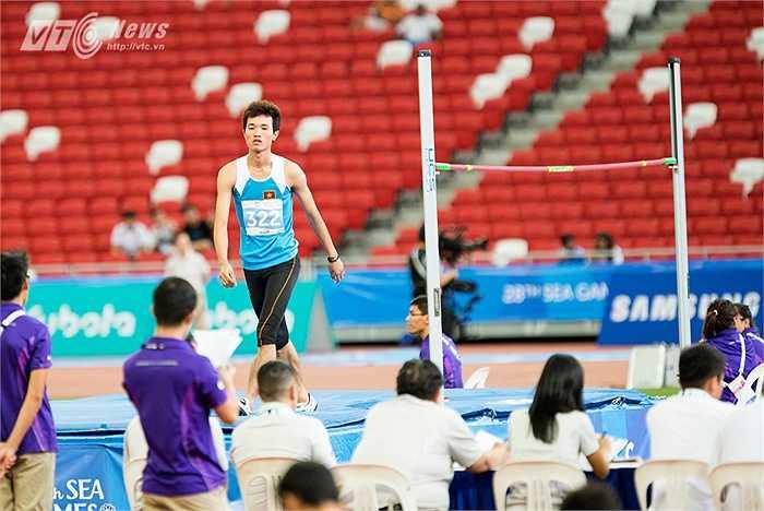 Nguyễn Thành Nhân thất bại ở lượt nhảy cuối nội dung nhảy cao. (Ảnh: Hải Thịnh)
