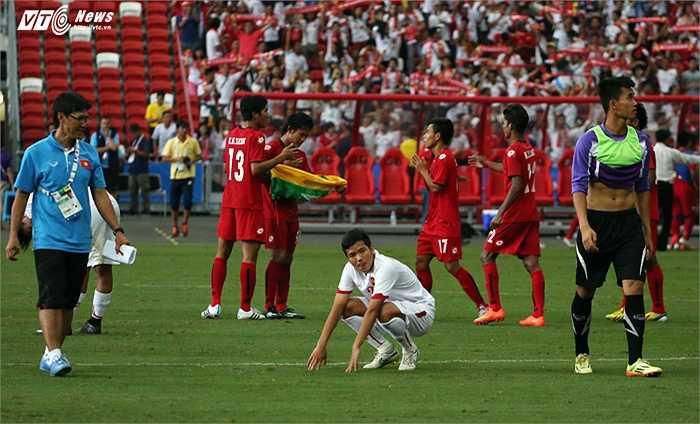 Có nỗi buồn nào lớn hơn cơn đau chiều nay của U23 Việt Nam.(Ảnh: Phạm Thành)