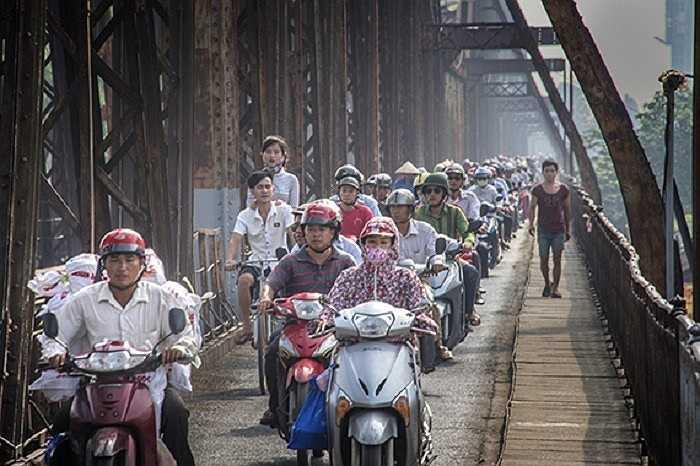 Theo cảm nhận của Stephen, người Việt Nam rất hoà nhã, chân thành và chăm chỉ làm việc