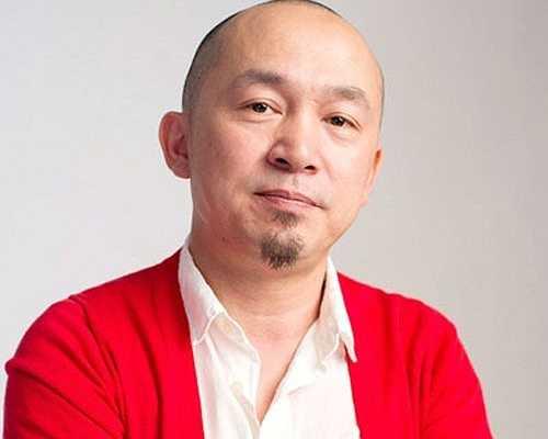 Năm 2010, Quốc Trung tham gia làm giám khảo cho Vietnam Idol. Năm 2011, anh trở thành Chủ tịch Hội đồng thẩm định của The Voice. Tháng 4 năm 2013, anh được tôn vinh là Nhạc sĩ của năm tại giải Cống hiến lần thứ 8.