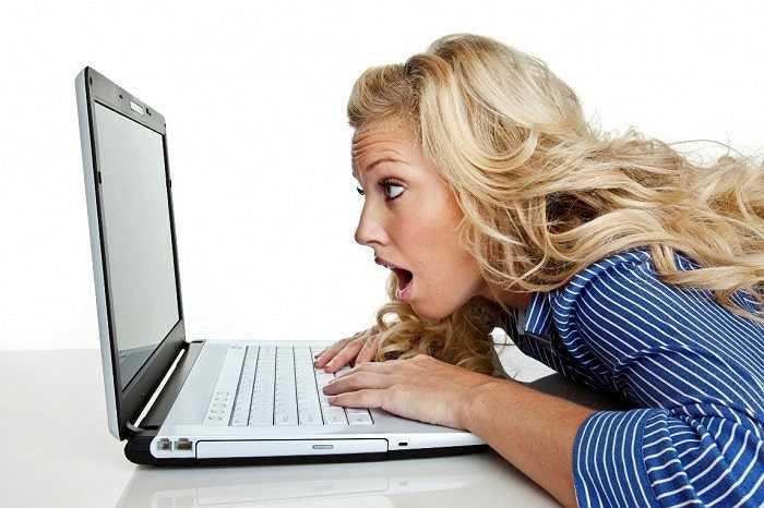12. Giảm thị lực do màn hình máy tính, công việc văn phòng yêu cầu người lao động ngồi trước máy tính nhiều giờ. Mắt hoạt động liên tục có thể dẫn đến khô, nhức đầu, mờ.