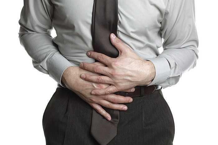 7. Ngộ độc thực phẩm xảy ra trong văn phòng cao hơn bất cứ nơi nào ở bên ngoài trời. Số lượng vi sinh vật gây bệnh được tìm thấy trên các thiết bị văn phòng như bàn phím, máy in, máy sao chép gần năm lần so với trong phòng tắm.