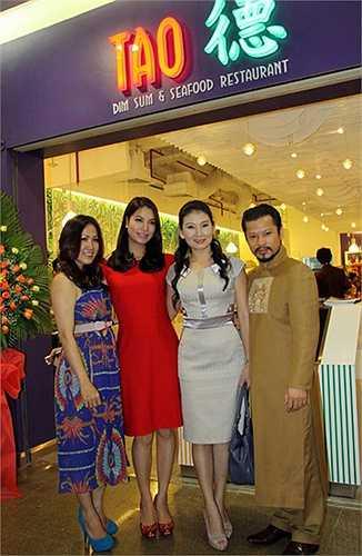 Diễn viên Trương Ngọc ánh cũng thể hiện tài năng kinh doanh của mình khi cô mở nhà hàng 'Tao' tại TP HCM.