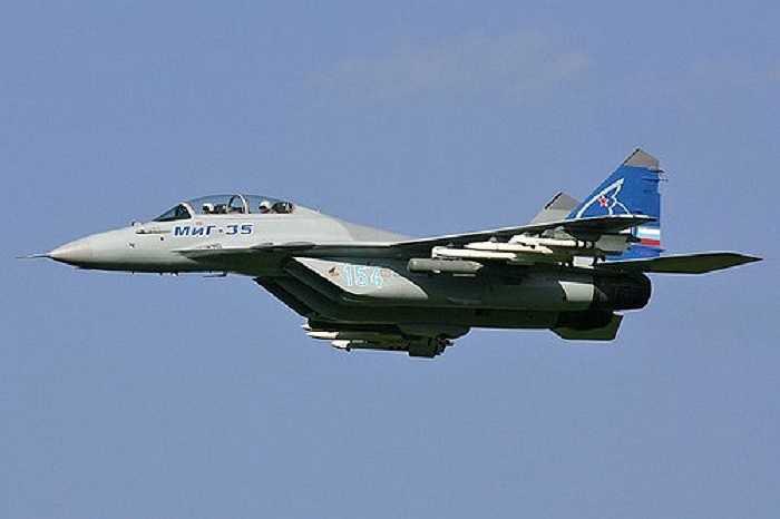Máy bay chiến đấu Mikoyan MiG-35 được cải tiến từ loạt máy bay chiến đấu MiG-29 Fulcrum, có các hệ thống điện tử và  vũ khí được nâng cấp, đặc biệt là radar AESA