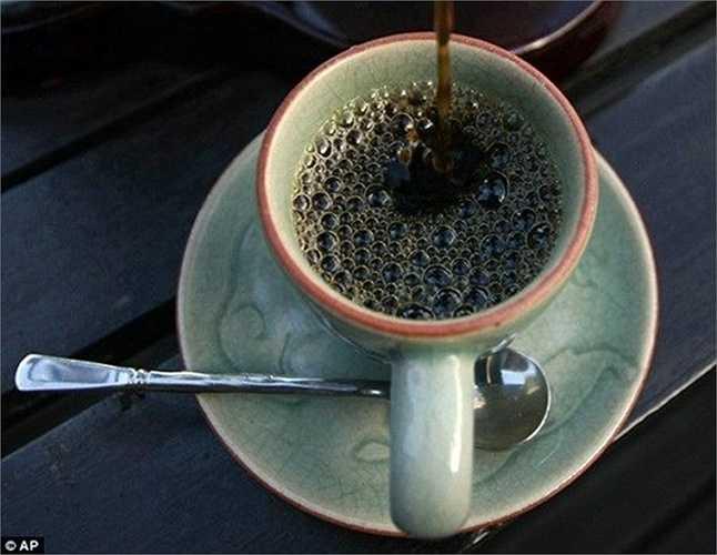 Món cà phê đắt đỏ này có lẽ chỉ dành cho các đại gia lắm tiền, chịu chi.
