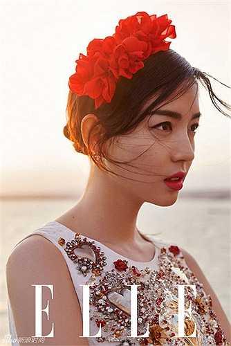Gương mặt xinh đẹp của Trương Tử Lâm 'ám ảnh' người xem.