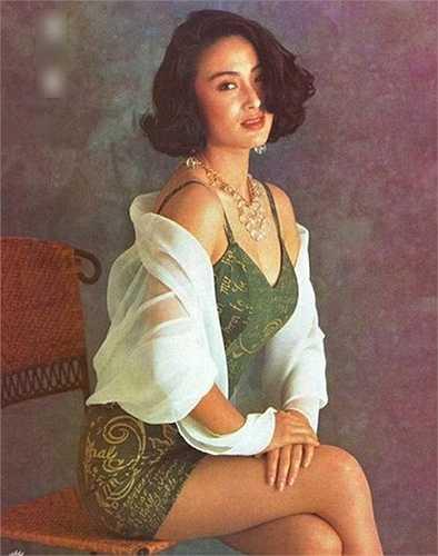Nhiều khán giả vẫn hy vọng được một ngày trông thấy cô quay trở lại màn ảnh.  (Nguồn: Dân Việt)