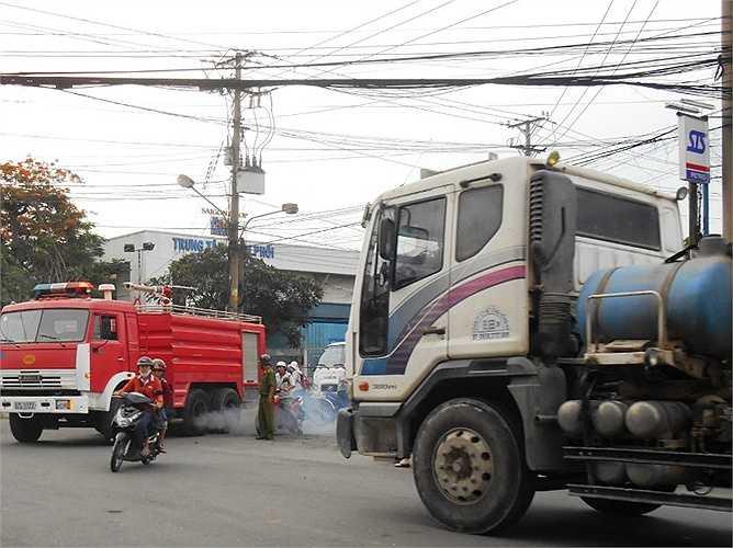 Những tình huống khẩn cấp như cháy nhà khi gặp phải giao thông hỗn loạn ảnh hưởng nhiều đến việc chữa cháy.