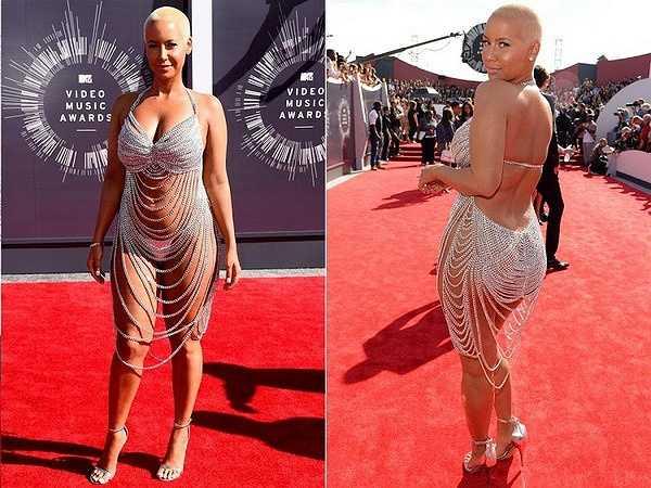 Amber Rose từng gây sốc khi khoe gần trọn cơ thể tại MTV Music Awards.