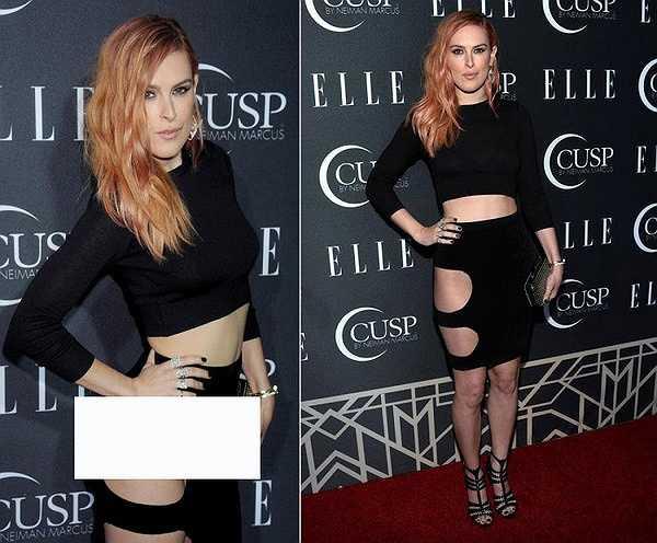 Ở góc chụp nghiêng, Rumer Willis bị lộ nội y gây phản cảm khi có mặt tại lễ trao giải Elle's 5th Annual Women In Music Concert.