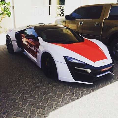 Cảnh sát Dubai 'tậu' thêm siêu xe đắt nhất hành tinh
