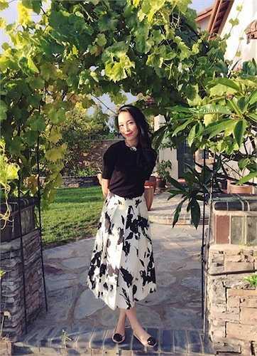 Cùng ngắm thêm những hình ảnh tuyệt đẹp của Linh Nga sau khi tuyên bố chia tay chồng: