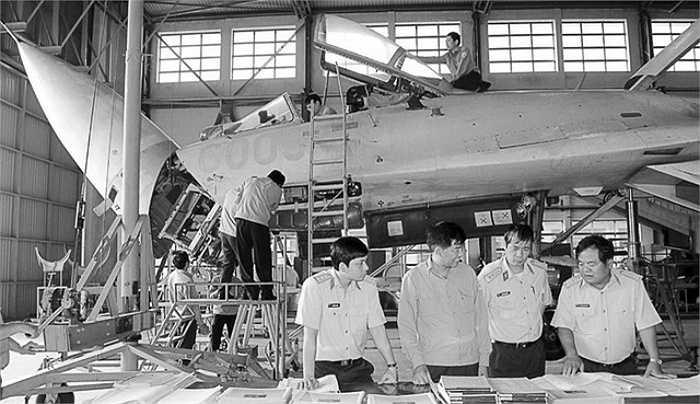 Tuy nhiên, chiếc tiêm kích Su-27SK số hiệu 6005 đã bị hỏng nặng và do quá trình đưa ra nước ngoài sửa chữa có chi phí quá cao nên chiếc máy bay này ngừng bay từ đó.