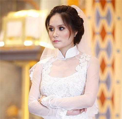 Lý Hải hay chia sẻ hình ảnh vợ con với truyền thông và người hâm mộ nhưng ít khi nhắc tới em gái Di Băng. Chỉ tới cuối năm 2012, khi Di Băng tổ chức lễ cưới hoành tráng với một doanh nhân tại TP HCM, công chúng mới có dịp biết đến cô.