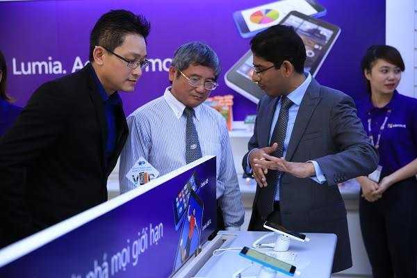 Tại Microsoft Store, khách hàng sẽ được trải nghiệm những sản phẩm, dịch vụ mới nhất của Microsoft