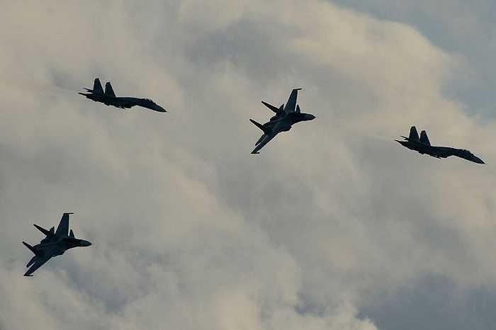 Máy bay chiến đấu Sukhoi Su-35S và Su-30SM