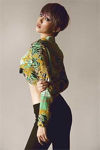 Ở góc ảnh nào, Tóc Tiên cũng sexy, gợi cảm.